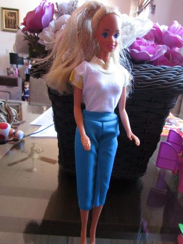 barbie antiga da mattel 1975