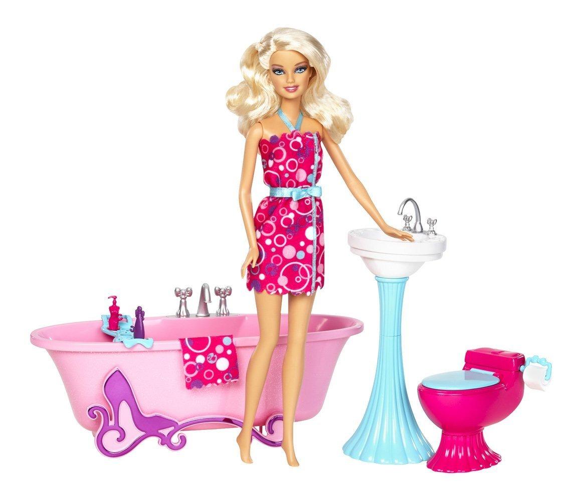 Barbie Con Muebles De Baño Y Rosado  $ 250100 en Mercado Libre