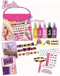 barbie gelly bijou  hace pulseras y anillos