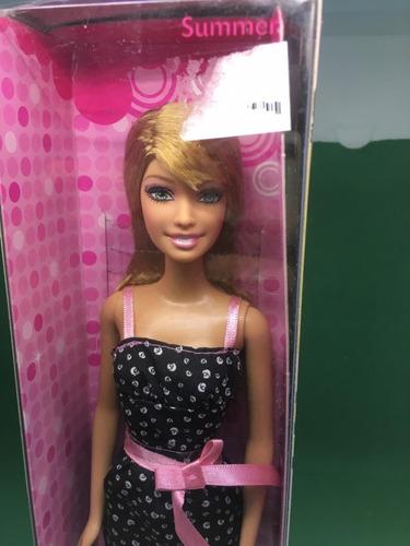 barbie glam summer playline amiga
