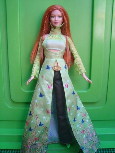 barbie hechizos kayla