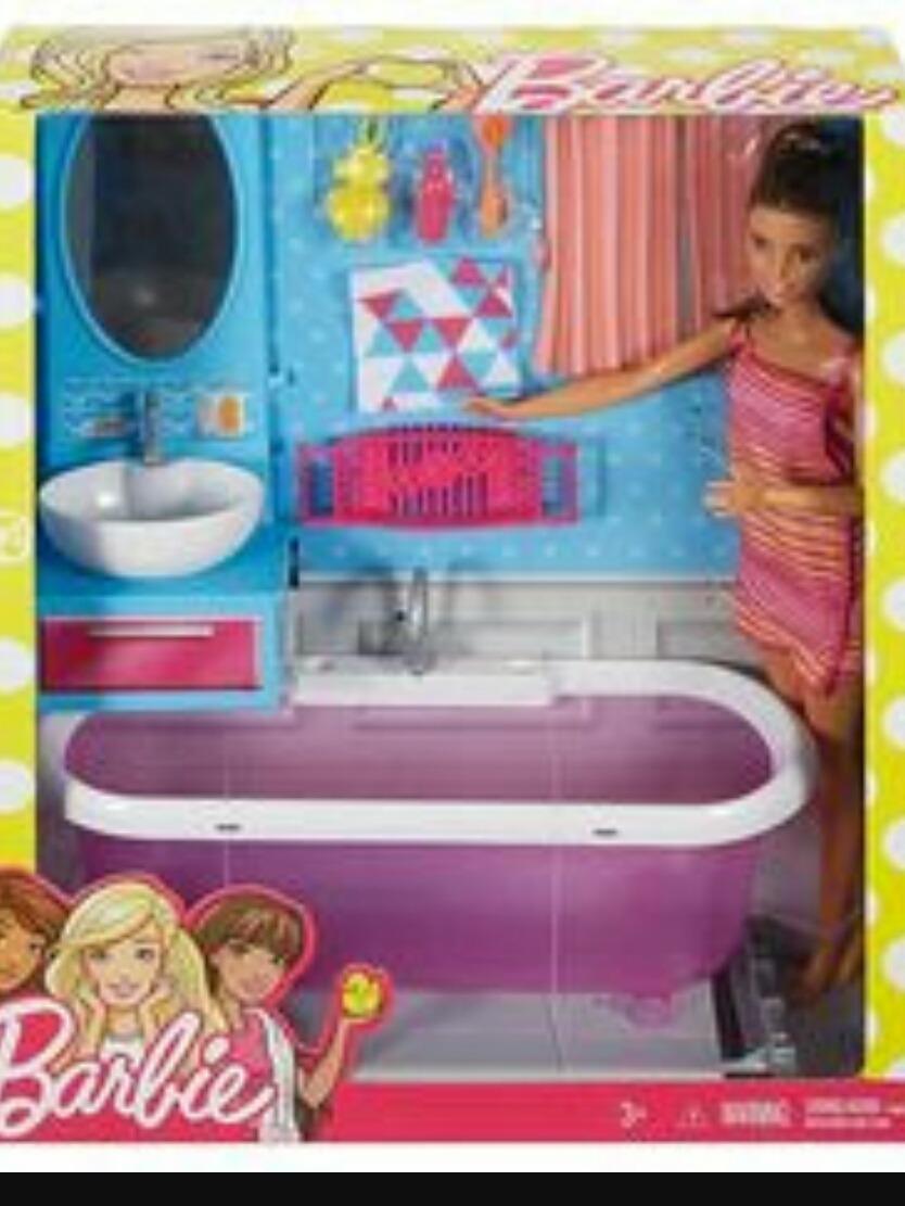 Barbie Y Muebles De Baño. - S/ 95,00 en Mercado Libre