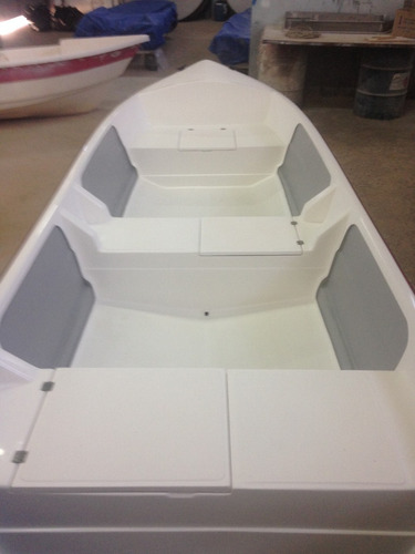 barco bote fibra pesca 5,30 (basico) artsol 40 anos fabrica
