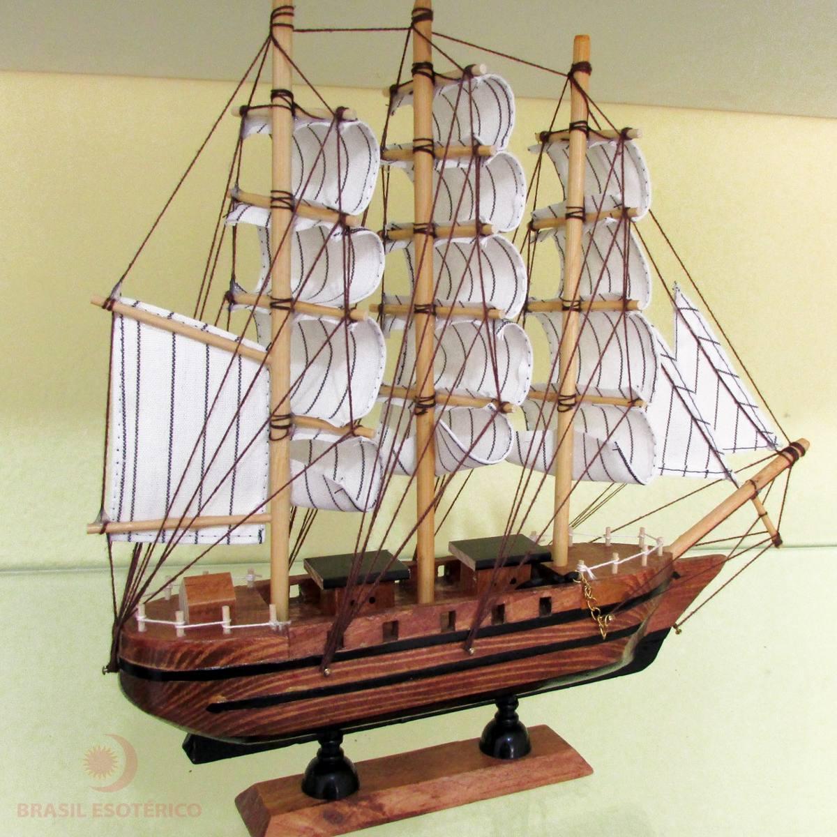 barco caravela decorativo cm marrom rplica em madeira