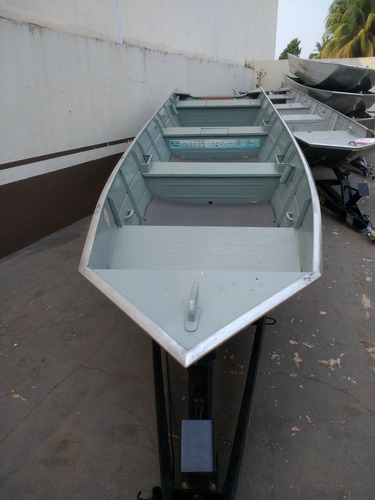 barco de alumínio beira rio 600 de 6 metros
