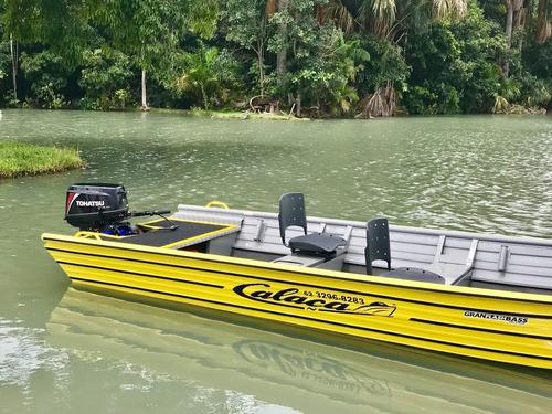 barco de alumínio calaça  gran flash bass 500