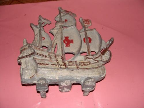 barco de aluminio para adorno o pecera,mide 24x27 cm aproxim