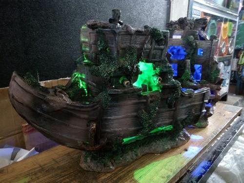 barco gigante  para acuario - iluminado   ¡ precioso !