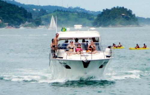 barco iate intech boating ib411