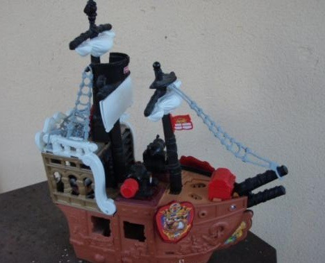 barco pirata fisher price (en excelente estado)