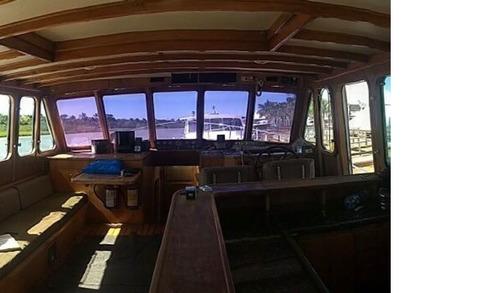 barco trawler fabricado em cimento 50 pés 1997