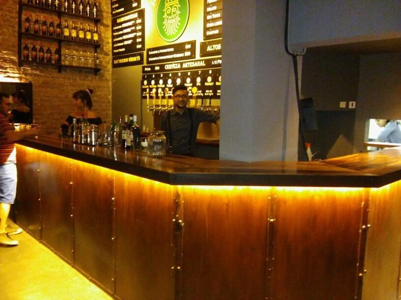 Barras de bar de madera barra bar with barras de bar de madera good sonoragrill barra bar - Barra bar madera ...
