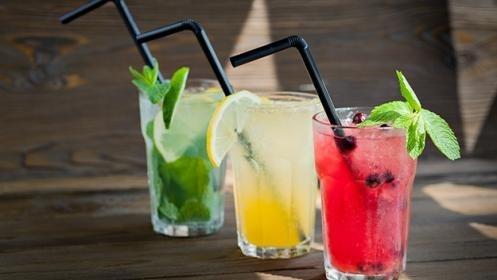 barra coctelera, barra led, bebidas, cocteles, mojitos.