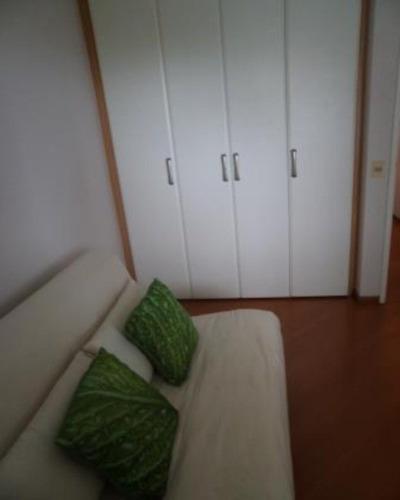 barra da tijuca, posto 4, vista mar, 147m2,  03 quartos, sendo 02 suites, mobiliado - ap-bt-004
