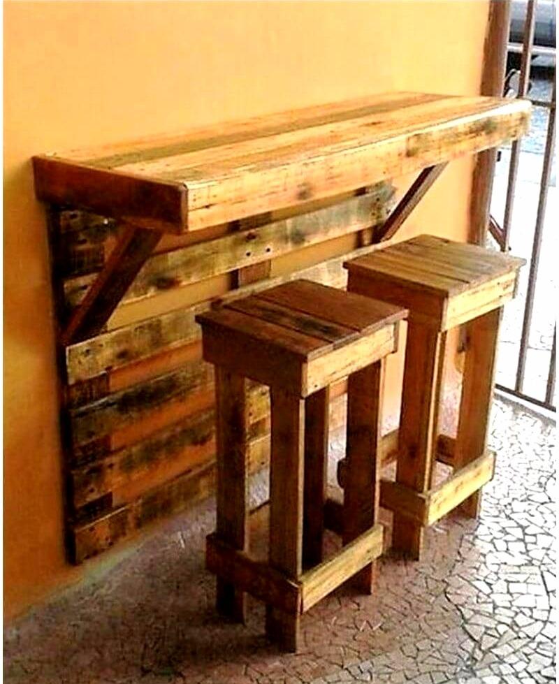 barra de madera estilo palets con bancos 1 en