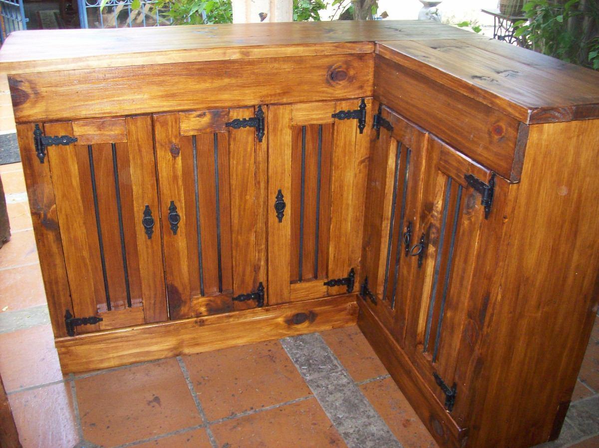 Barra en ele c puertas rustica madera maciza for Barras rusticas de madera para bares