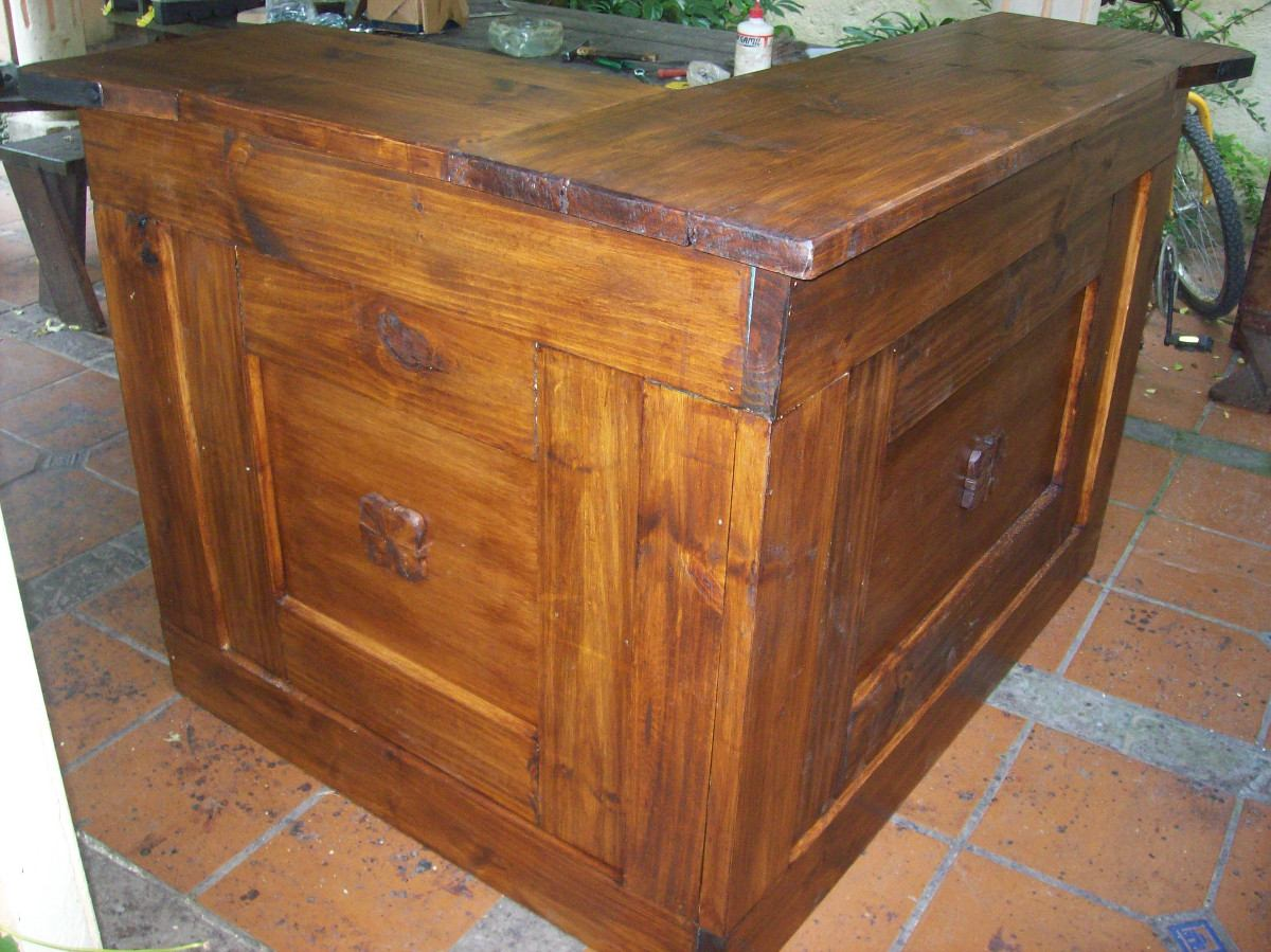 Barra en ele c puertas rustica madera maciza for Precio puerta madera maciza