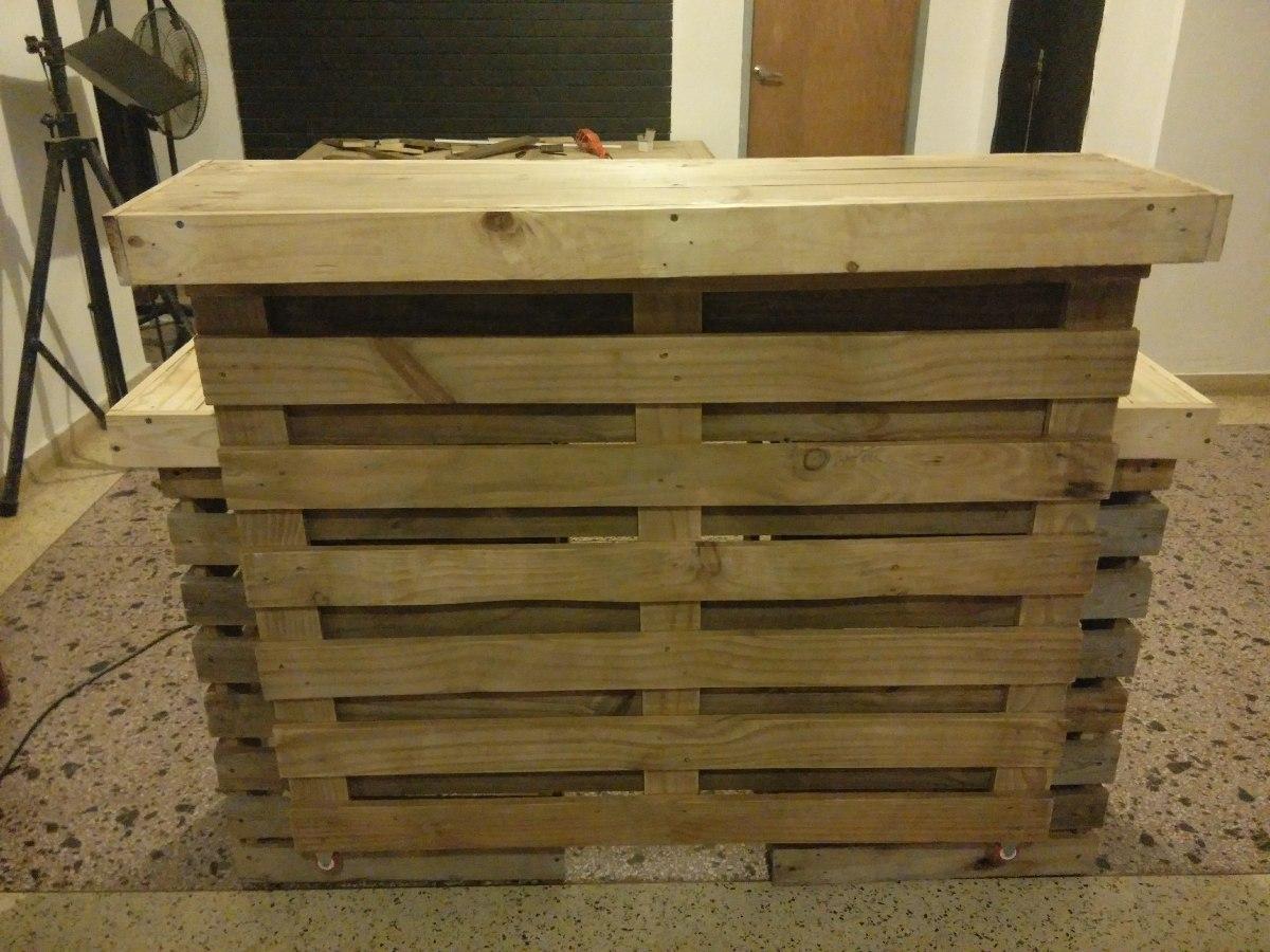 Barra m vil en paletas modular pallets pino bs for Palmetas de marmol