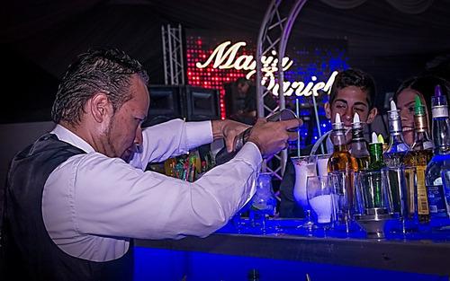 barra móvil y cócteles - bartender - coctel - barman