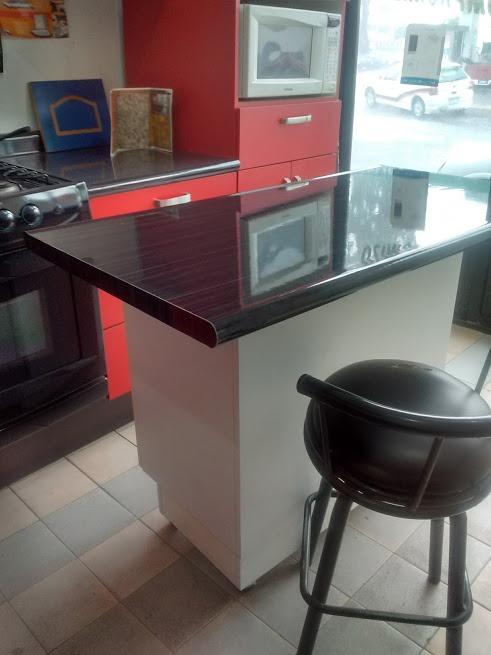 Barra desayunador isla con mueble para cocina 3 for Mueble cocina 70