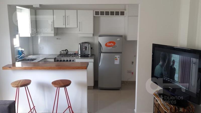barracas- dpto 2 amb- cocina americana- excelente unidad-alquiler temporario sin garantía-