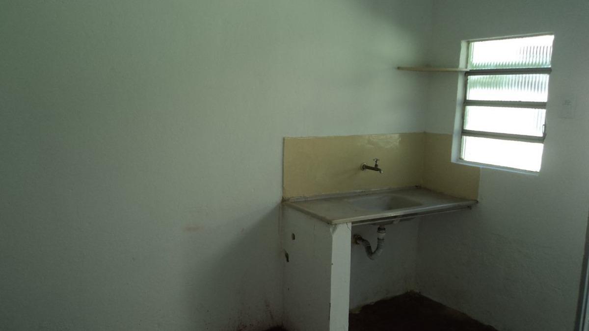 barração 01 quarto bairro leticia - 872