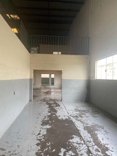 barracão armazém