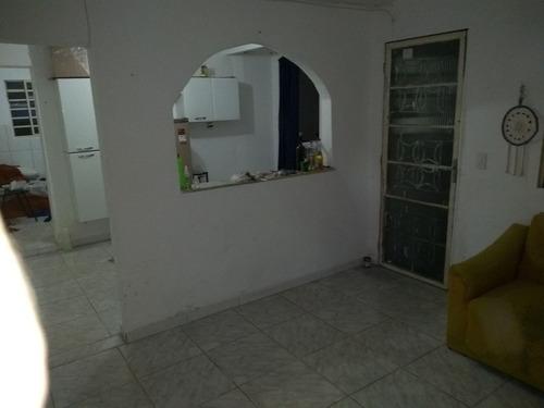 barracão de 2 quartos no bairro santa efigênia