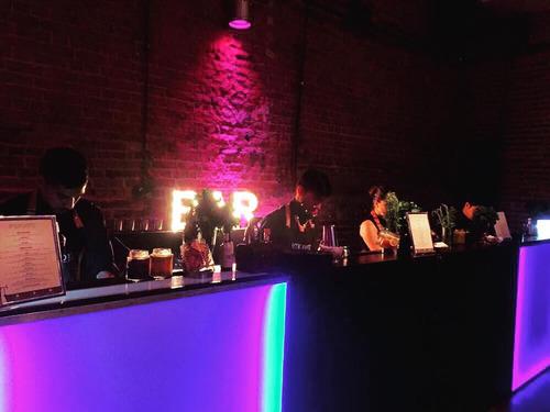 barras moviles para eventos alquiler barra de tragos barman