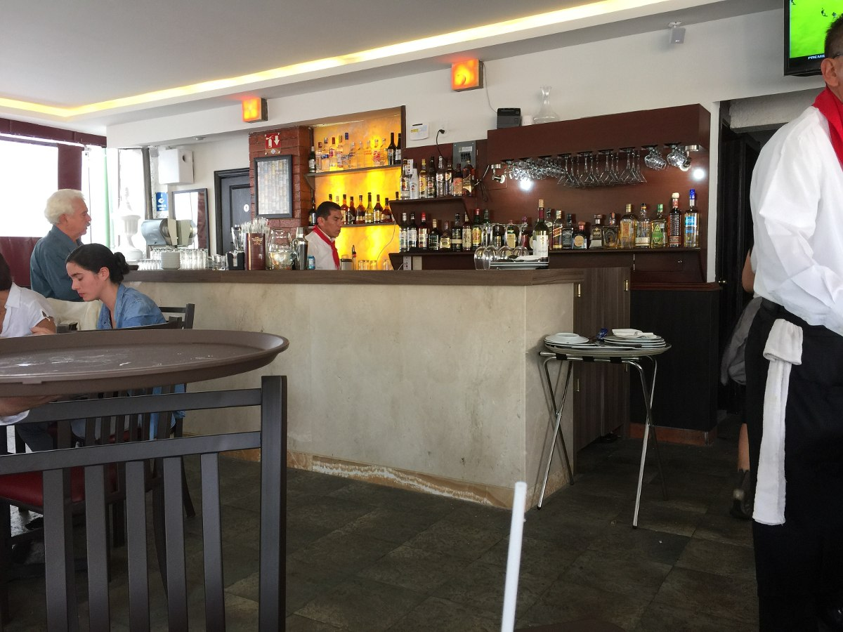 Barras para restaurantes bares y cafetrias 30 - Barras de bar para salon ...