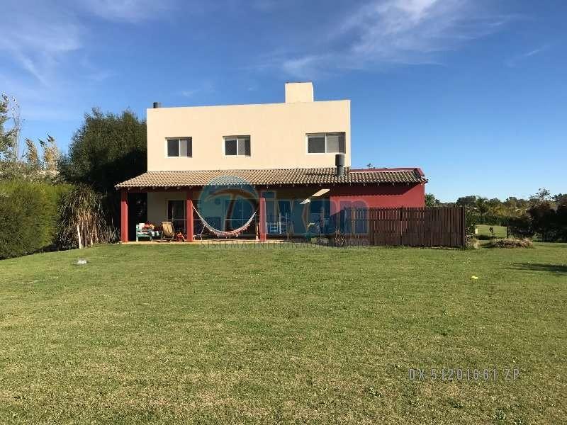 barrio cerrado complejo villa nueva - san marco - casa venta usd 350.000