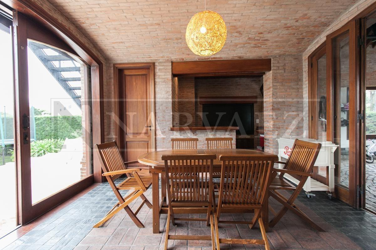 barrio cerrado marina del sol -  impactante casa en venta