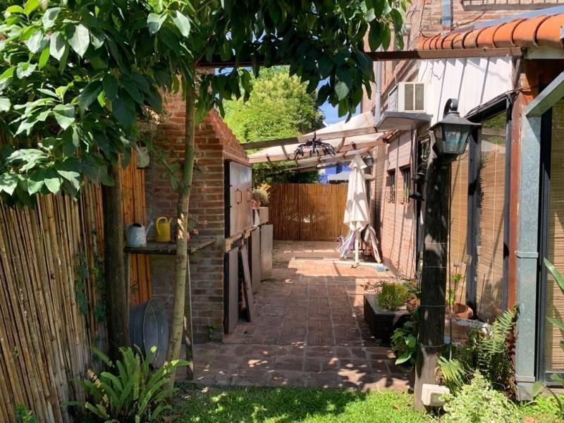 barrio cerrado, muy linda 3dorm jardin pileta!