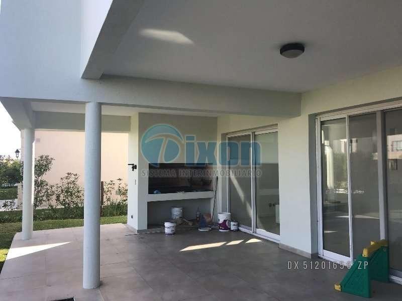 barrio cerrado nordelta - los lagos - casa venta usd 450.000