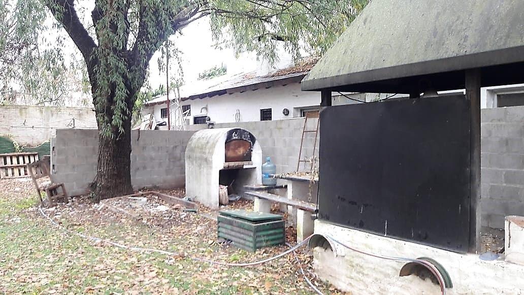 barrio cerrado parque irizar - casa 3 amb. horno a leña