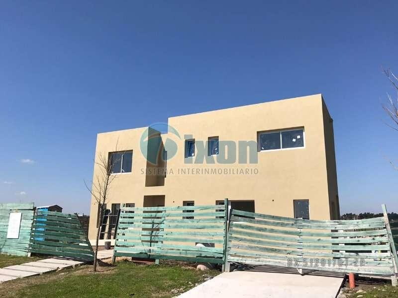 barrio cerrado puertos del lago - acacias - casa venta usd 445.000