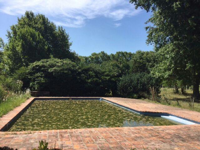 barrio chacras de freixas - terreno con piscina
