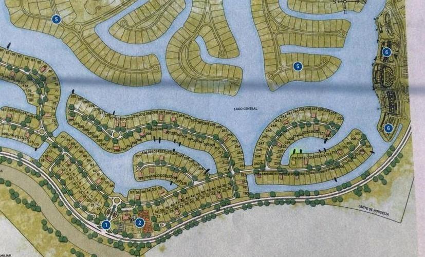 barrio el golf - exclusivo lote de 1600 m2 al lago central