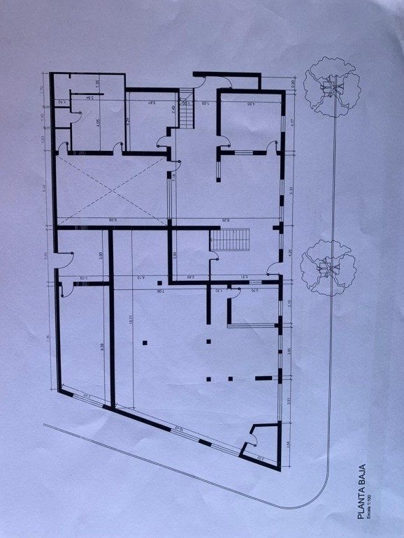 barrio general paz, importante propiedad para uso comercial, empresa/sanatorio, etc
