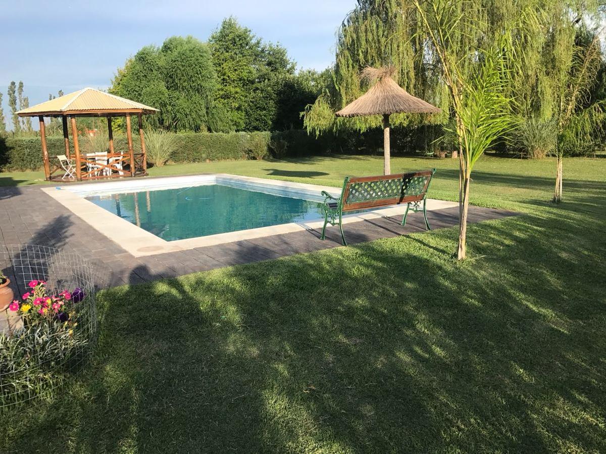 barrio haras del sol - casa 4 amb. doble cochera y piscina