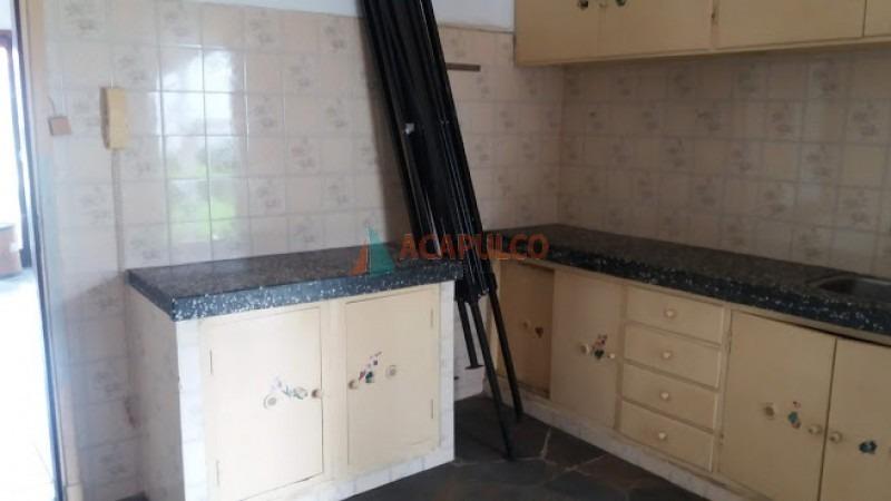 barrio ipora casa de 2 dormitorios -ref:3612