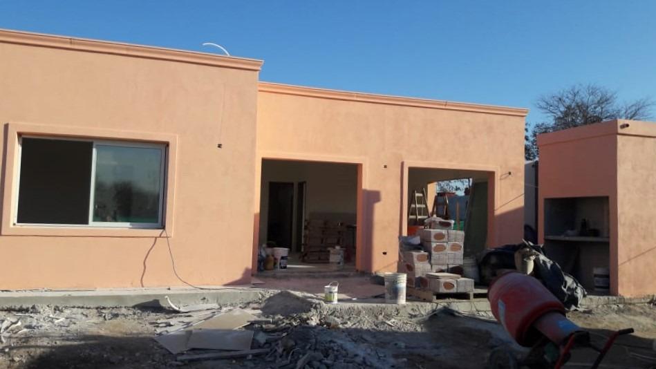 barrio la cañada - los arces - casa 3 amb. cochera