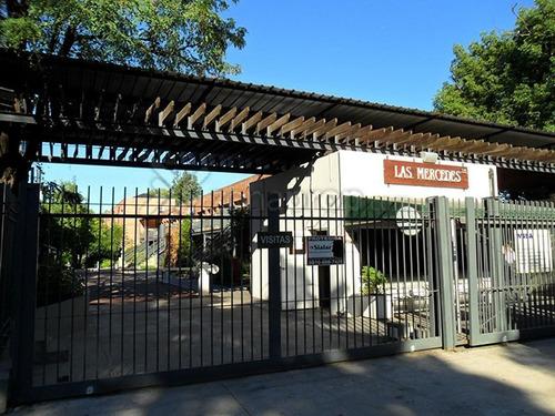 barrio las mercedes - dto. 3 amb. con cochera
