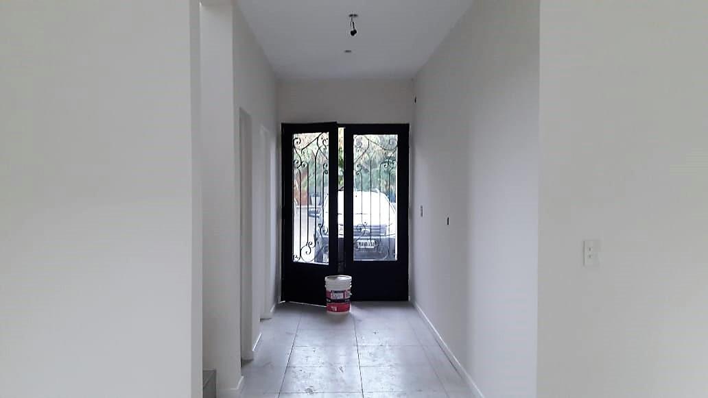 barrio las orquideas - casa 5 amb. a estrenar - 3 cocheras