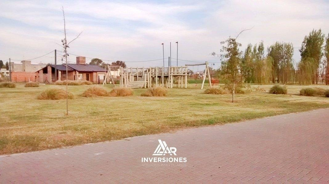 barrio las tardes roldan - terrenos en venta