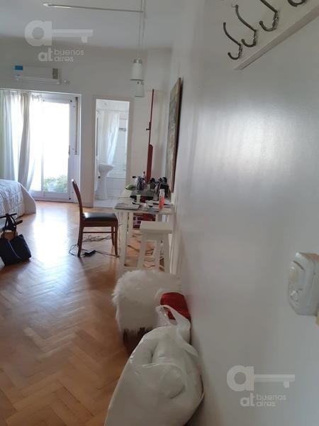 barrio norte. cómodo loft con balcón. alquiler temporario sin garantías.