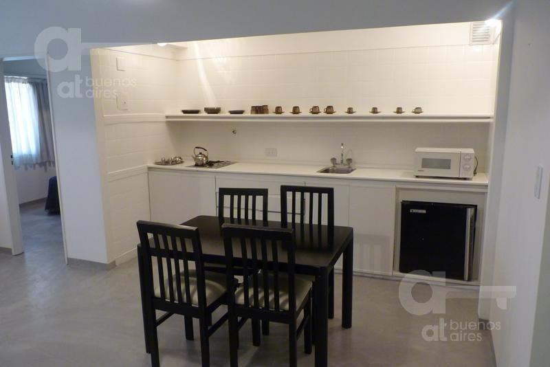 barrio norte. departamento 2 ambientes reciclado. alquiler temporario sin garantías.