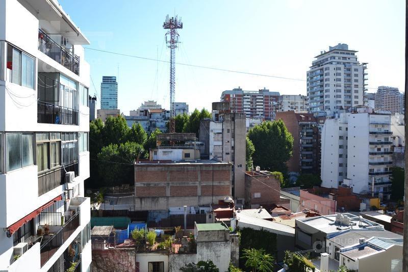 barrio norte, monoambiente con balcón, alquiler temporario sin garantía
