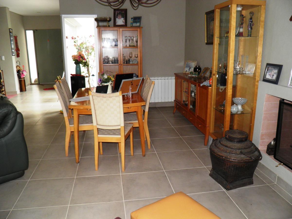 barrio san gabriel | excelente propiedad 4 ambientes | lote 700m2 | villanueva