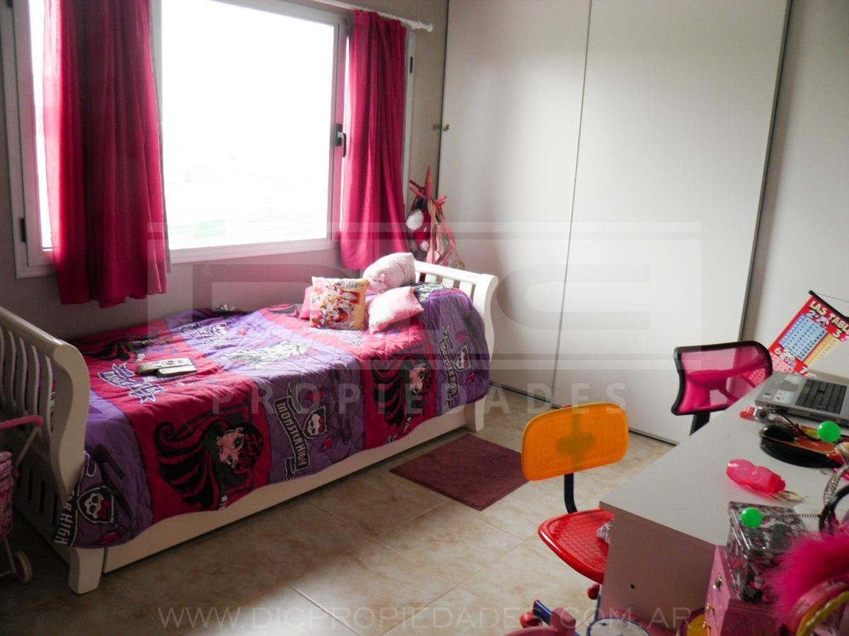 barrio san gabriel   excelente propiedad 4 ambientes   lote 700m2   villanueva